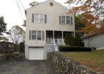 Foreclosed Home en BROOKSIDE DR, Darien, CT - 06820