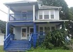 Foreclosed Home en FAIRLAWN AVE, Waterbury, CT - 06705