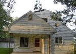 Foreclosed Home in CHERRY ST, Temperance, MI - 48182
