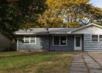 Foreclosed Home in CENTRAL AVE, Newton, KS - 67114