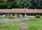 Foreclosed Home en MUSCONETCONG RIVER RD, Washington, NJ - 07882