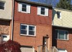 Foreclosed Home en OLD FORGE DR, Bath, PA - 18014