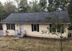 Foreclosed Home en CLUB HOUSE RD, Front Royal, VA - 22630