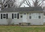 Foreclosed Home en SAINT KEVIN LN, Saint Ann, MO - 63074