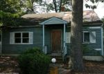Foreclosed Home en COMMONWEALTH BLVD, Toms River, NJ - 08757