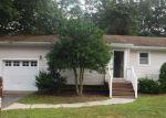Foreclosed Home en BIRCHBARK PL, Toms River, NJ - 08753