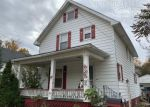 Foreclosed Home en N HICKORY ST, Owosso, MI - 48867