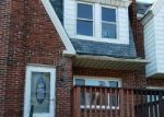 Foreclosed Home en SANFORD RD, Upper Darby, PA - 19082