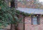 Foreclosed Home en ARKQUAIGE LN, Troy, VA - 22974