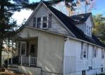 Foreclosed Home en COWENTON AVE, Perry Hall, MD - 21128