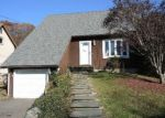 Foreclosed Home en SIMSBERRY RD, Naugatuck, CT - 06770