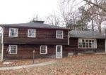 Foreclosed Home en BRUNING RD, New Hartford, CT - 06057
