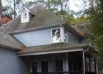Foreclosed Home en COMSTOCK DR, Colonial Heights, VA - 23834