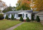 Foreclosed Home en N BERRY ST, Westland, MI - 48185
