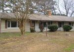 Foreclosed Home en FISHING BAY RD, Deltaville, VA - 23043