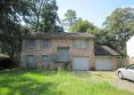 Foreclosed Home in ASPEN GLADE DR, Kingwood, TX - 77339