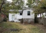 Foreclosed Home en WINKLER DR, Saint Louis, MO - 63136