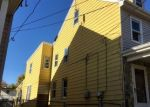 Foreclosed Home en PINE ST, Bristol, PA - 19007