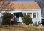 Foreclosed Home en MORRIS LN, Milford, CT - 06460