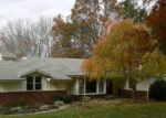 Foreclosed Home en GRASSY HILL RD, Orange, CT - 06477