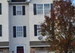 Foreclosed Home en LAURA LN, Pottstown, PA - 19464