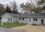 Foreclosed Home en W SHORE DR, Hillsboro, MO - 63050