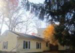 Foreclosed Home in HUCKLEBERRY HILL RD, Brookfield, CT - 06804
