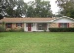 Foreclosed Home in E LAMAR ST, Palestine, TX - 75801