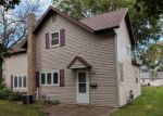 Foreclosed Home en KING AVE, Slayton, MN - 56172