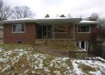 Foreclosed Home in GREEN VALLEY RD, Huntington, WV - 25701