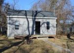 Foreclosed Home in 14TH ST NE, Mason City, IA - 50401
