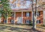 Foreclosed Home en KIRKLEY PL, Forest, VA - 24551
