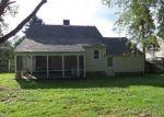 Foreclosed Home en CLIFFORD ST, Pearisburg, VA - 24134