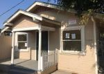Foreclosed Home en MAINE AVE, Long Beach, CA - 90813
