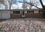 Foreclosed Home en HUMES LN, Florissant, MO - 63031