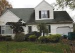 Foreclosed Home en DOLPHIN AVE, Croydon, PA - 19021