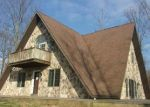 Foreclosed Home en HUCKLEBERRY RD, New Bloomfield, PA - 17068