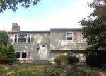 Foreclosed Home en HARLAND RD, Norwich, CT - 06360