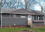 Foreclosed Home en GREAT CIRCLE RD, West Haven, CT - 06516