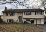 Foreclosed Home en WILDFLOWER RD, East Hartford, CT - 06118