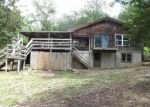 Foreclosed Home en CHINKAPIN LN, Lonedell, MO - 63060