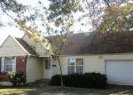 Foreclosed Home en E 62ND ST, Kansas City, MO - 64130