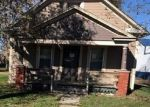 Foreclosed Home en W HORTENSE ST, Orrick, MO - 64077