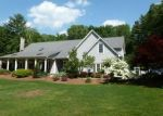 Foreclosed Home en STONEHEDGE DR, Tolland, CT - 06084