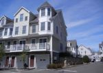 Foreclosed Home en CAMP AVE, Stamford, CT - 06907