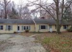 Foreclosed Home en HALF MILE CMN, Westport, CT - 06880