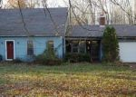 Foreclosed Home en BOLTON BRANCH RD, Coventry, CT - 06238