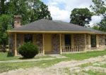 Foreclosed Home in BOUDREAUX RD, Gonzales, LA - 70737