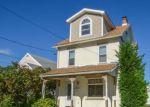 Foreclosed Home en E 12TH ST, Northampton, PA - 18067