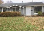 Foreclosed Home in E SURREY DR, Owensboro, KY - 42301